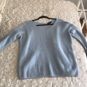TOPSHOP BABY BLUE SWEATER